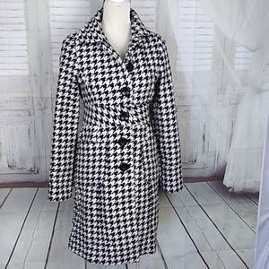 COFFEE SHOP HOUNDS TOOTH PATTERN COAT